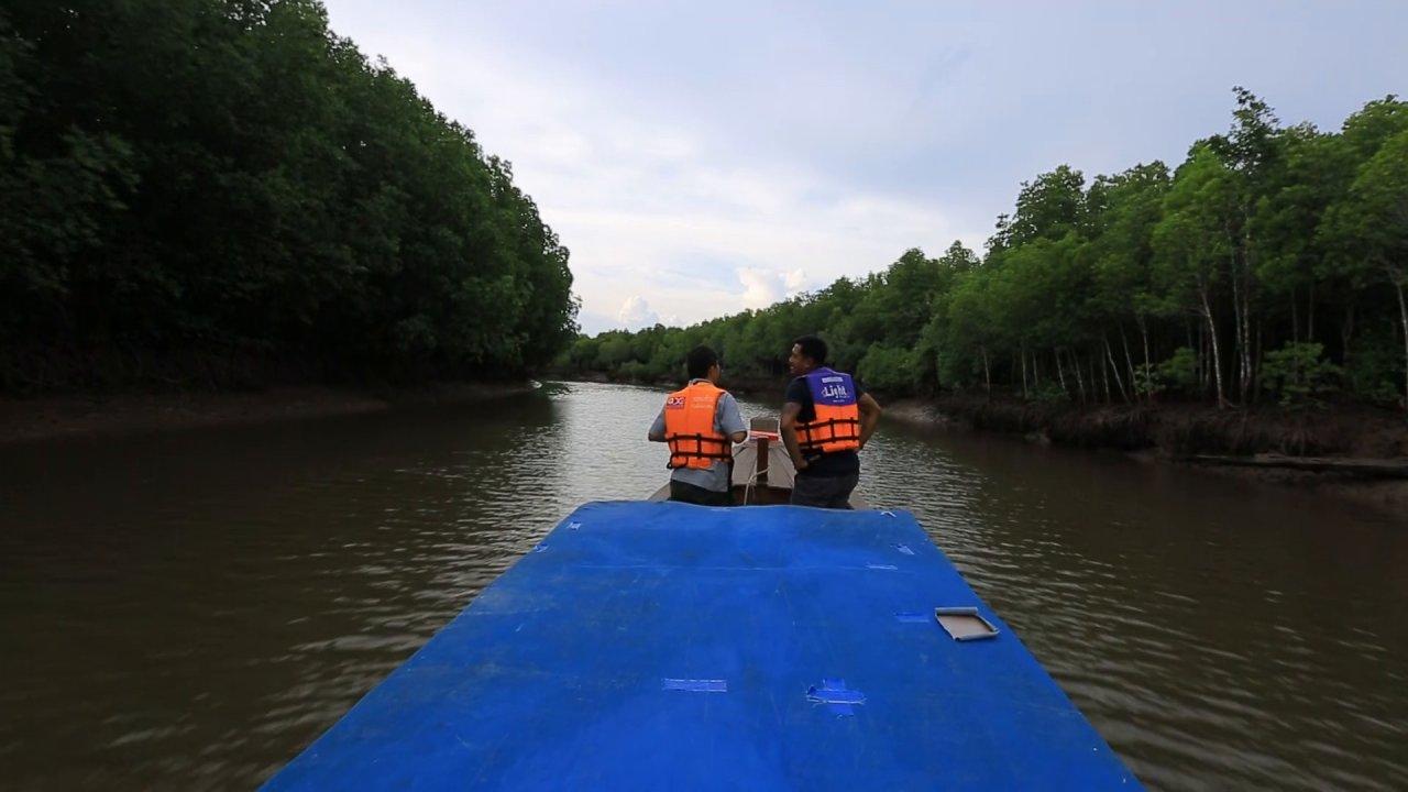 ทั่วถิ่นแดนไทย - น้ำพุทะเลร้อน